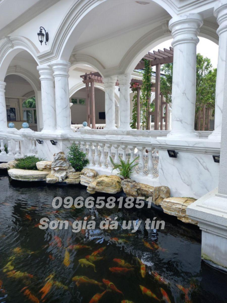 Sơn giả đá tại Định Quán