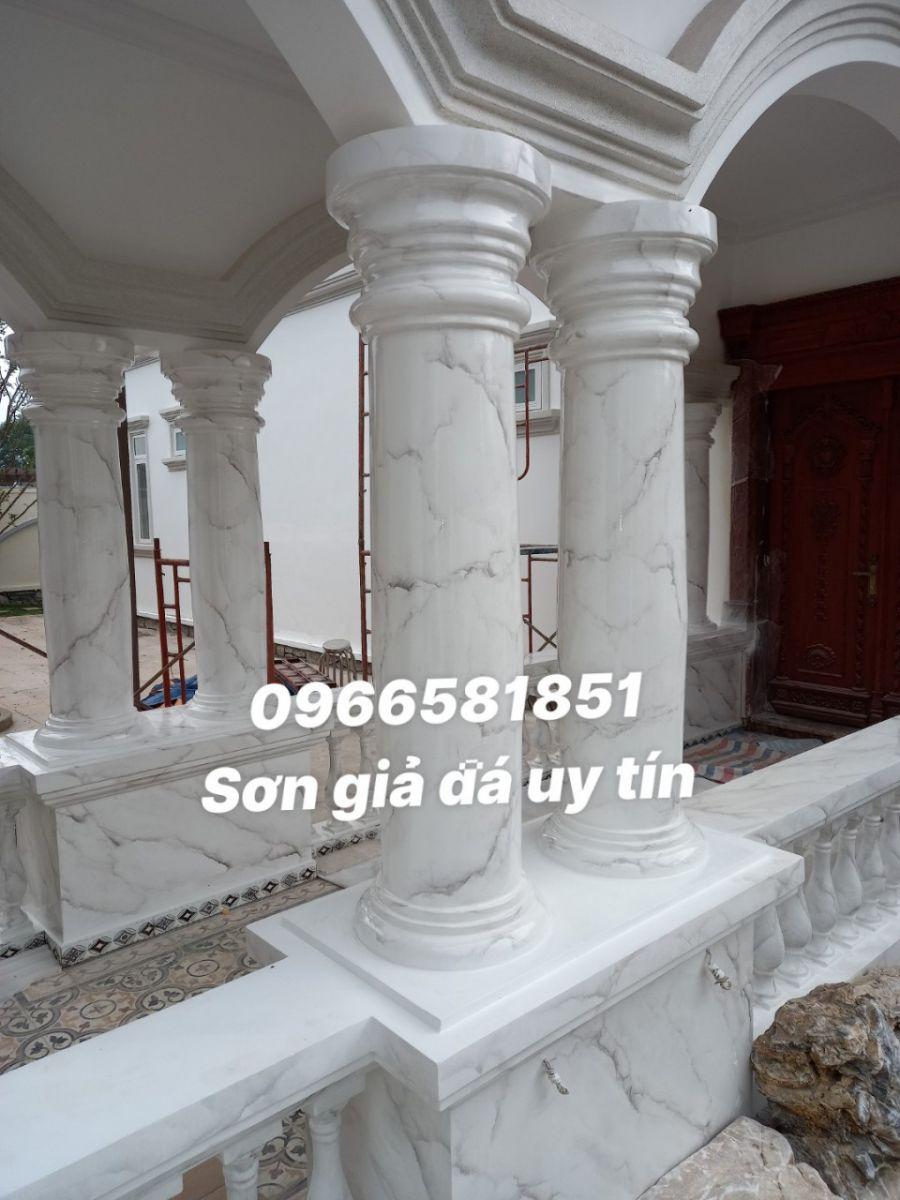 Sơn cột giả đá cẩm thạch tại Định Quán